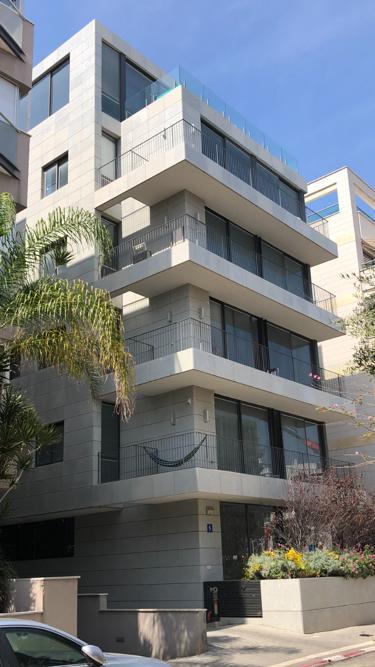 בניין תל אביב אייקונקס